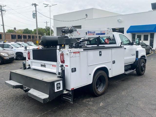 2019 Chevrolet Silverado Medium Duty Regular Cab DRW 4x2, 9 foot crane body #C191027 - photo 5