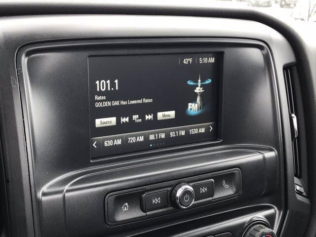 2019 Chevrolet Silverado Medium Duty Regular Cab DRW 4x2, 9 foot crane body #C191027 - photo 15