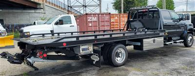 2020 Chevrolet Silverado Medium Duty Crew Cab DRW 4x4, 19 Foot Carrier Body #200479 - photo 2