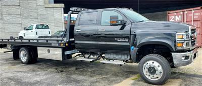 2020 Chevrolet Silverado Medium Duty Crew Cab DRW 4x4, 19 Foot Carrier Body #200479 - photo 7