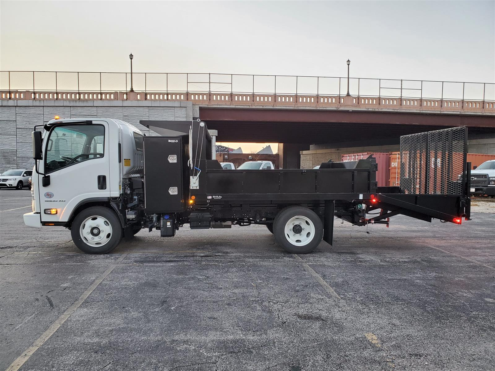 2020 Chevrolet LCF 5500XD Regular Cab DRW 4x2, Wil-Ro Removable Dovetail Landscape #C200731 - photo 3