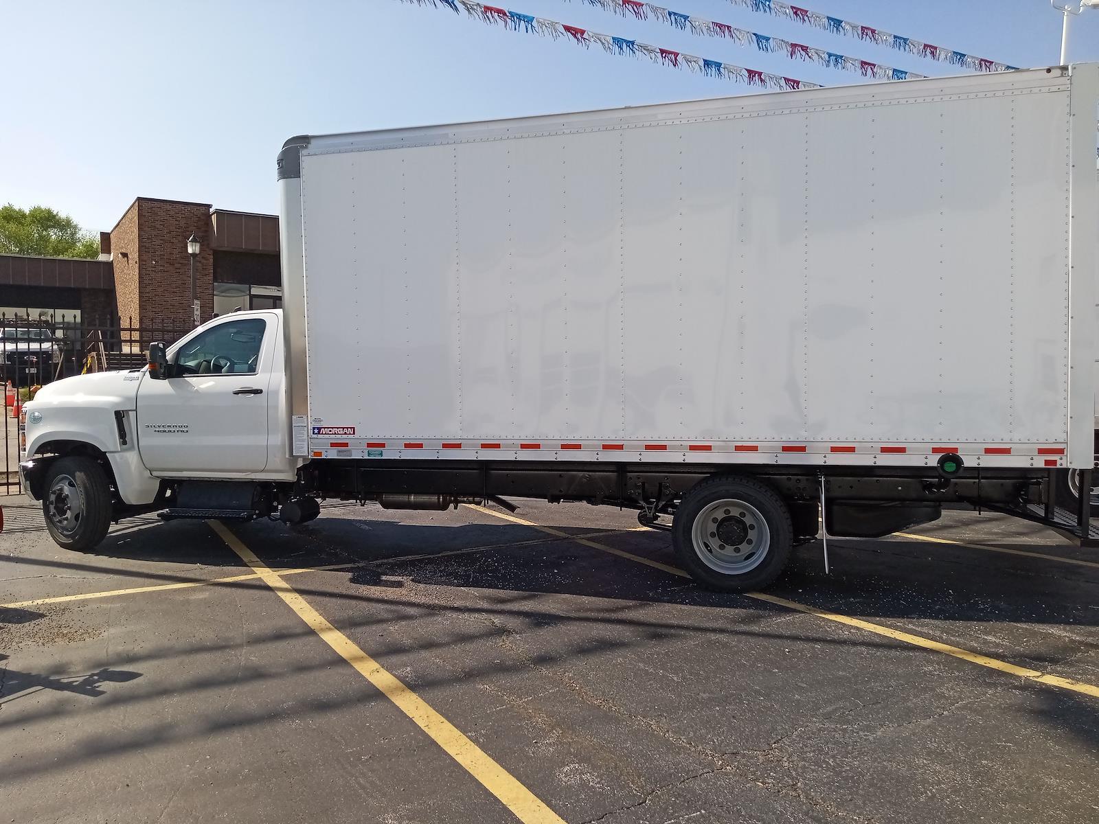 2020 Chevrolet Silverado 4500 Regular Cab DRW 4x2, Morgan Gold Star Dry Freight #C200547 - photo 7