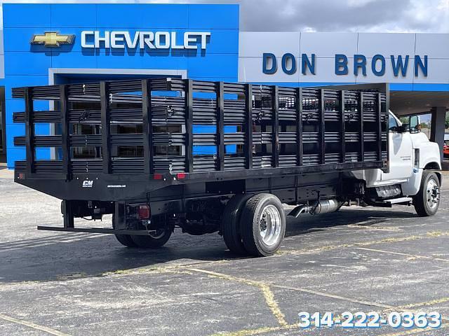 2021 Silverado 6500 Regular Cab DRW 4x2,  CM Truck Beds Stake Bed #C210450 - photo 2