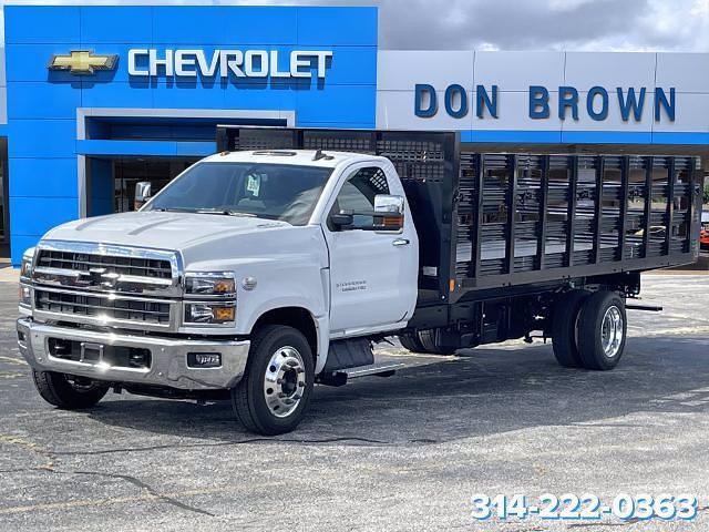 2021 Silverado 6500 Regular Cab DRW 4x2,  CM Truck Beds Stake Bed #C210450 - photo 10