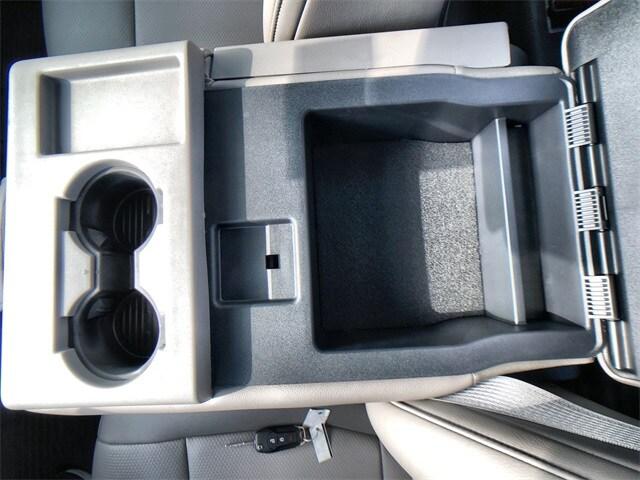 2019 F-450 Regular Cab DRW 4x4, Reading Classic II Steel Service Body #L191060 - photo 19