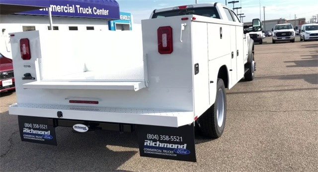 2019 F-550 Crew Cab DRW 4x4, Knapheide Service Body #L191061 - photo 1