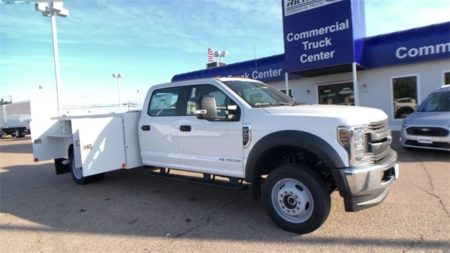 2019 F-450 Crew Cab DRW 4x4, Reading Classic II Steel Service Body #L191148 - photo 6