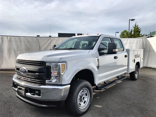 2019 F-250 Crew Cab 4x4, Reading Service Body #L191337 - photo 1