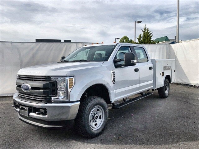 2019 F-250 Crew Cab 4x4, Reading Service Body #L191338 - photo 1