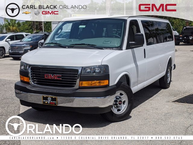 2020 GMC Savana 3500 4x2, Passenger Wagon #F4300754 - photo 1