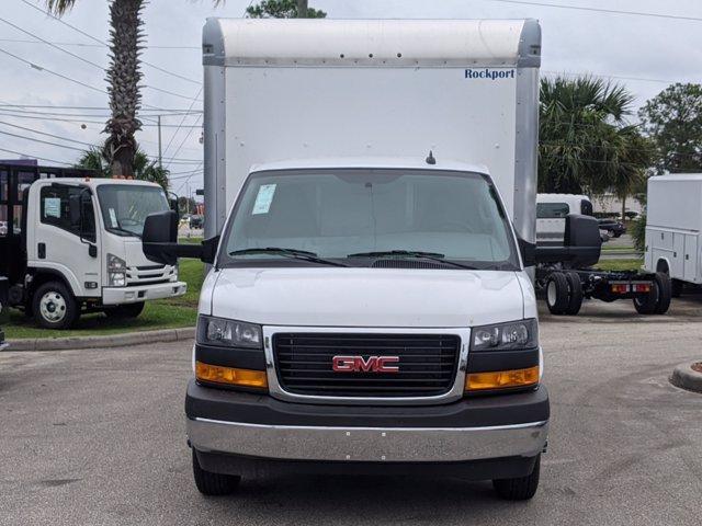 2020 GMC Savana 3500 4x2, Cutaway Van #F4300851 - photo 3