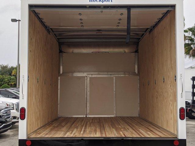 2020 GMC Savana 3500 4x2, Cutaway Van #F4300851 - photo 7