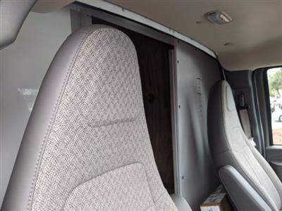2020 GMC Savana 3500 4x2, Cutaway Van #F4300851 - photo 23