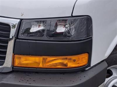 2020 GMC Savana 3500 4x2, Cutaway Van #F4300851 - photo 4