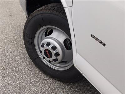 2020 GMC Savana 3500 4x2, Cutaway Van #F4300851 - photo 9
