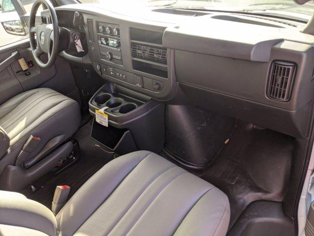 2020 GMC Savana 3500 4x2, Knapheide KCA Cutaway Van #F4300888 - photo 26