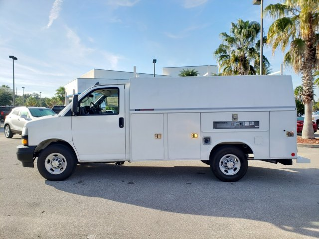 2019 Chevrolet Express 3500 RWD, Reading Service Utility Van #F4191516 - photo 1