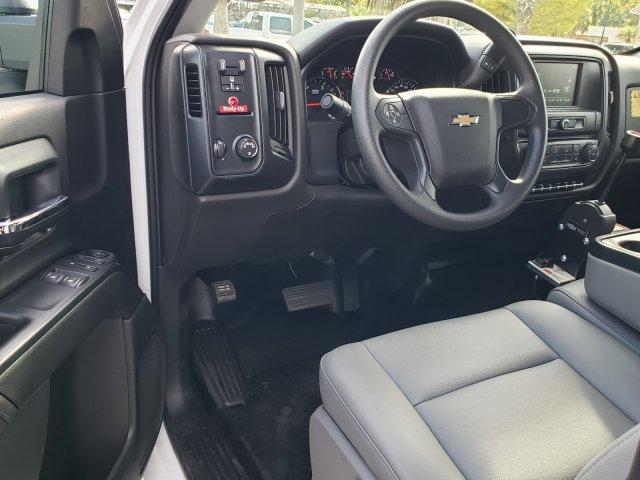2019 Chevrolet Silverado Medium Duty Regular Cab DRW RWD, Monroe Work-A-Hauler II Platform Body #M4191551 - photo 11
