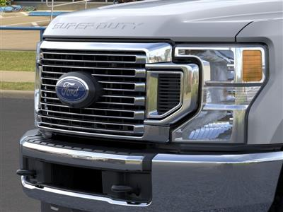 2020 Ford F-350 Crew Cab DRW 4x4, Pickup #LEE75205 - photo 17