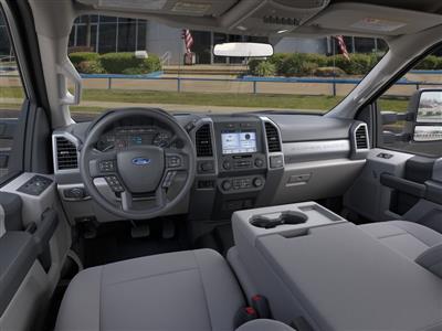2020 Ford F-250 Crew Cab 4x4, Pickup #LEE83979 - photo 9