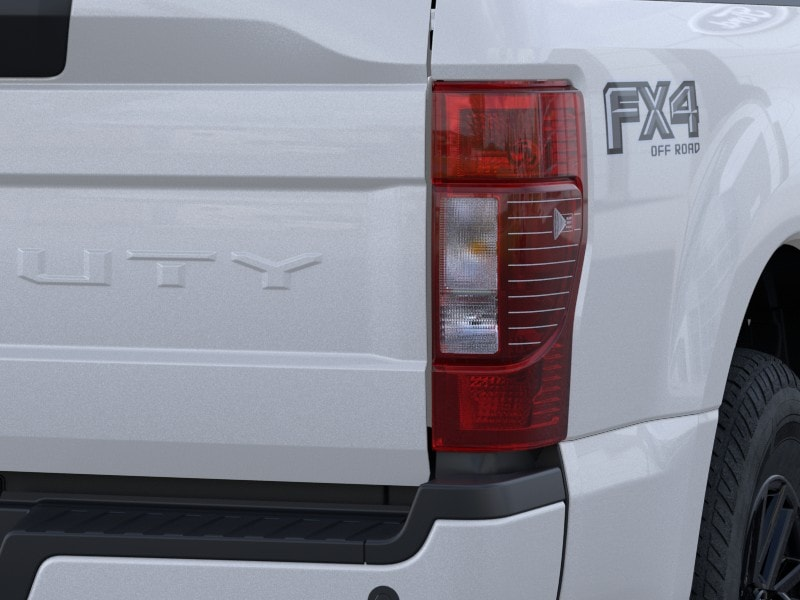 2020 Ford F-250 Crew Cab 4x4, Pickup #LEE83999 - photo 7