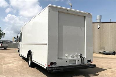 2022 Ford E-450 4x2, Utilimaster Walk-In Van Step Van / Walk-in #NDC11311 - photo 2