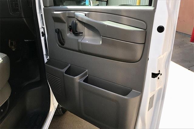 2014 Chevrolet Express 3500 4x2, Cutaway Van #PE1211916 - photo 25