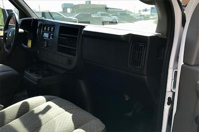 2014 Chevrolet Express 3500 4x2, Cutaway Van #PE1211916 - photo 16