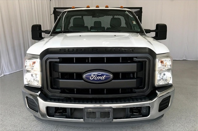 2014 Ford F-350 Regular Cab DRW RWD, Platform Body #PEEB76462 - photo 4