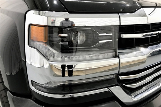 2017 Chevrolet Silverado 1500 Crew Cab RWD, Pickup #PHG148412 - photo 27