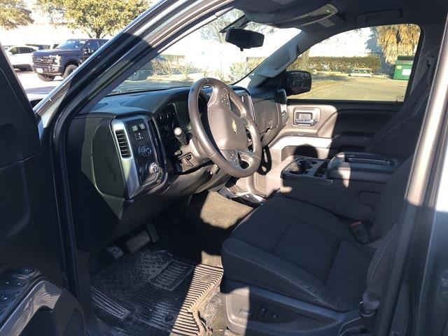 2017 Chevrolet Silverado 1500 Crew Cab 4x4, Pickup #PHG383204 - photo 2