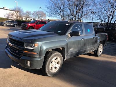 2017 Chevrolet Silverado 1500 Crew Cab 4x4, Pickup #PHG383204 - photo 1