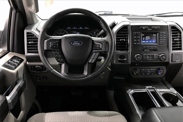 2017 Ford F-150 SuperCrew Cab 4x2, Pickup #PHKC70353 - photo 5