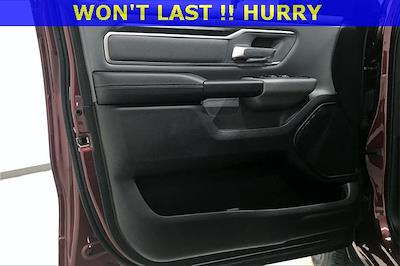 2019 Ram 1500 Crew Cab 4x4, Pickup #PKN879076 - photo 28