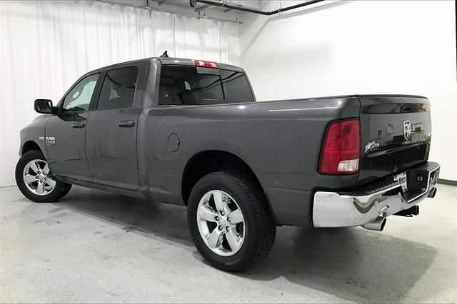 2019 Ram 1500 Crew Cab 4x4, Pickup #PKS662261 - photo 2