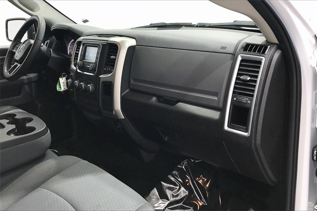 2019 Ram 1500 Crew Cab 4x2, Pickup #PKS712237 - photo 18