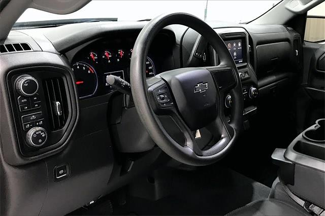 2020 Chevrolet Silverado 1500 Crew Cab 4x4, Pickup #PLG111246 - photo 15
