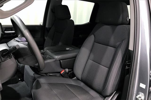2020 Chevrolet Silverado 1500 Crew Cab 4x4, Pickup #PLG111246 - photo 20