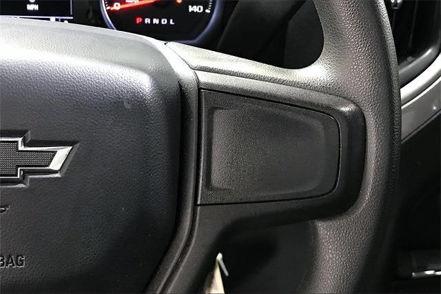 2020 Chevrolet Silverado 1500 Crew Cab 4x4, Pickup #PLG111246 - photo 25