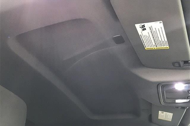 2020 Chevrolet Silverado 1500 Crew Cab 4x4, Pickup #PLG111246 - photo 30