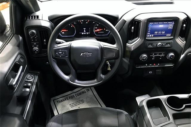 2020 Chevrolet Silverado 1500 Crew Cab 4x4, Pickup #PLG111246 - photo 4