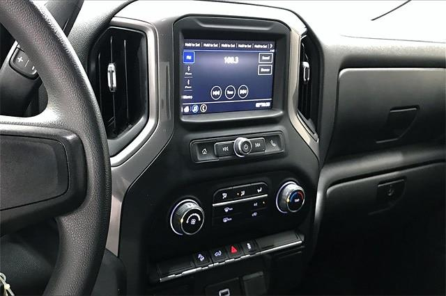 2020 Chevrolet Silverado 1500 Crew Cab 4x4, Pickup #PLG111246 - photo 7
