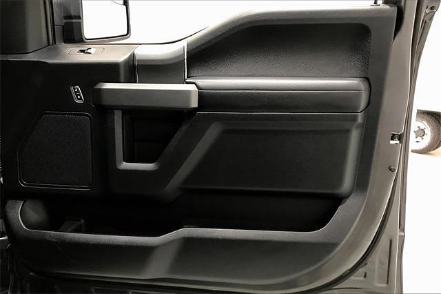 2016 Ford F-150 SuperCrew Cab 4x4, Pickup #TGFC07932 - photo 29
