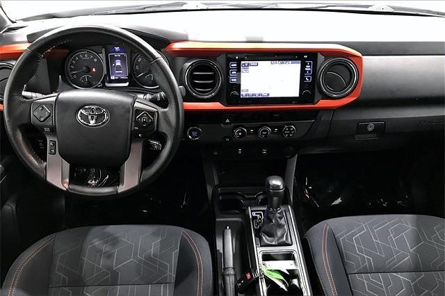 2016 Toyota Tacoma Double Cab 4x2, Pickup #TGX016243 - photo 17