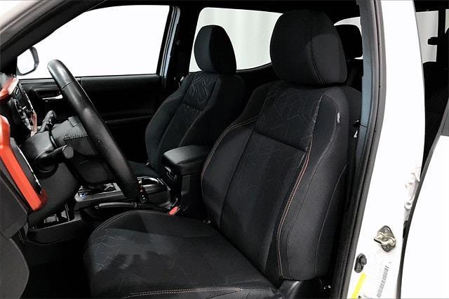 2016 Toyota Tacoma Double Cab 4x2, Pickup #TGX016243 - photo 20