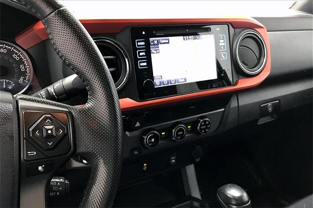 2016 Toyota Tacoma Double Cab 4x2, Pickup #TGX016243 - photo 7