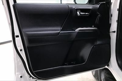 2016 Toyota Tacoma Double Cab 4x2, Pickup #TGX016243 - photo 28