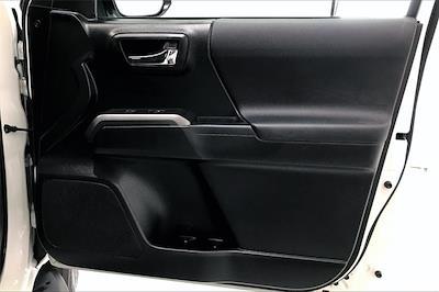 2016 Toyota Tacoma Double Cab 4x2, Pickup #TGX016243 - photo 29