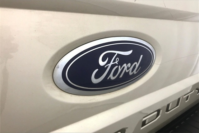 2017 Ford F-350 Crew Cab 4x4, Pickup #THEB76077 - photo 35