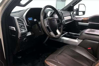 2017 Ford F-350 Crew Cab 4x4, Pickup #THEB76077 - photo 15